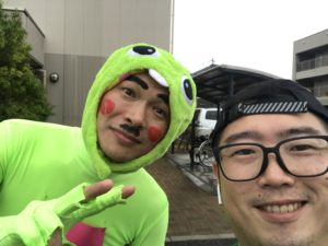 第3回松本マラソン松本市並柳にてガチャピンが応援してくれたので記念撮影