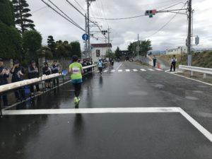 第3回松本マラソン松本市寿地区に突入します