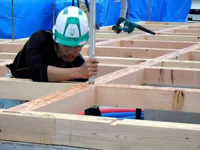 長野県工務店エルハウスの大工さん