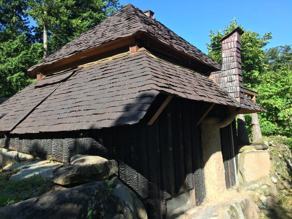 竪穴式茶室